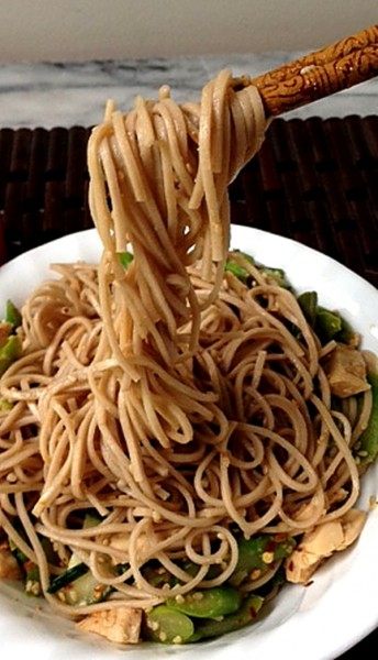 Chinese noodles on chopsticks 4