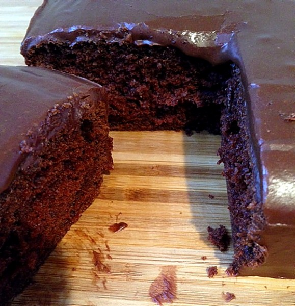 Clem chocolate cake sliced 1