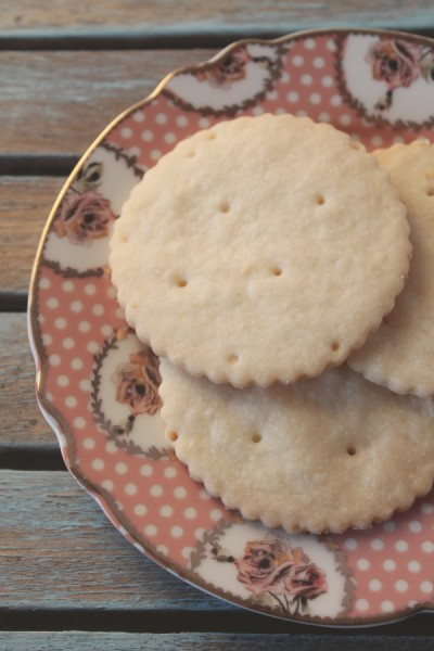 Shortbread cookies on wedding plate