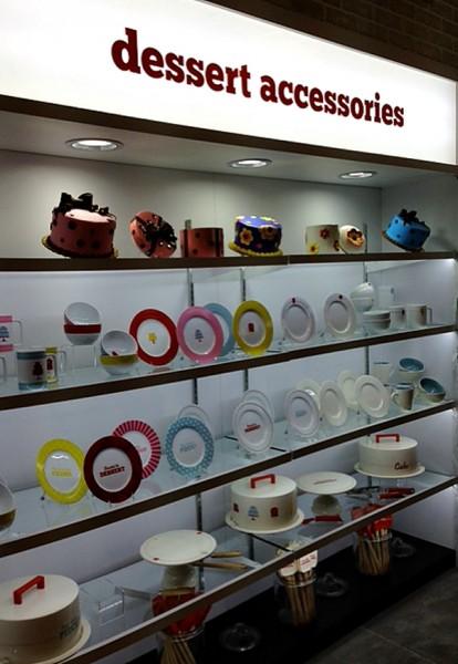 Cake Boss dessert accessories