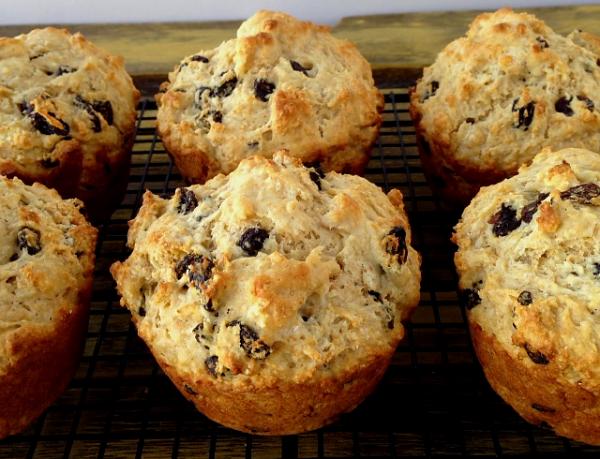 whole wheat irish soda bread muffins