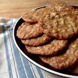 Praline cookies on plate 1