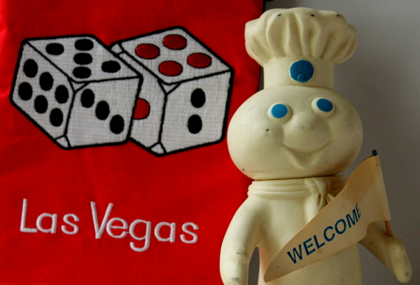 Bake Off 46 Las Vegas Doughboy and oven mitt close up