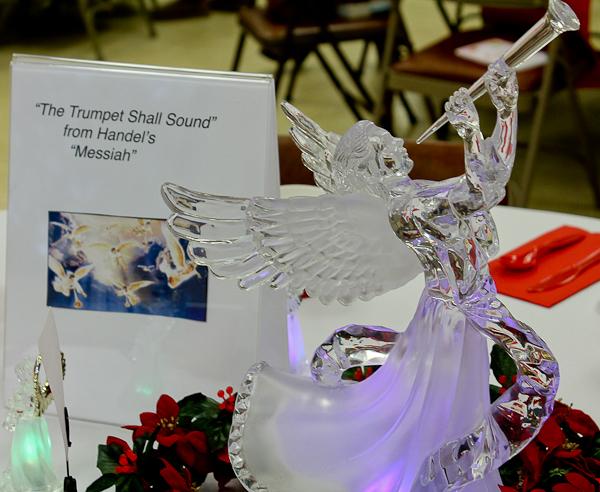 Advent tea angel with trumpet