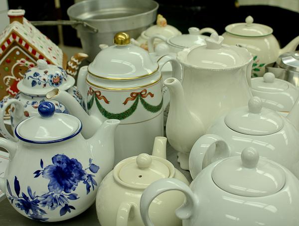 Advent tea pots