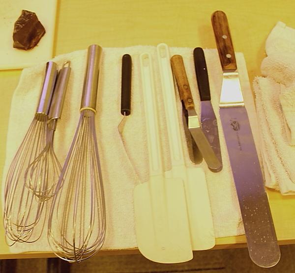 Yule log set up spatulas