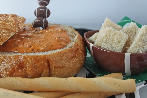 Bread Bowl with breadsticks and bread cubes