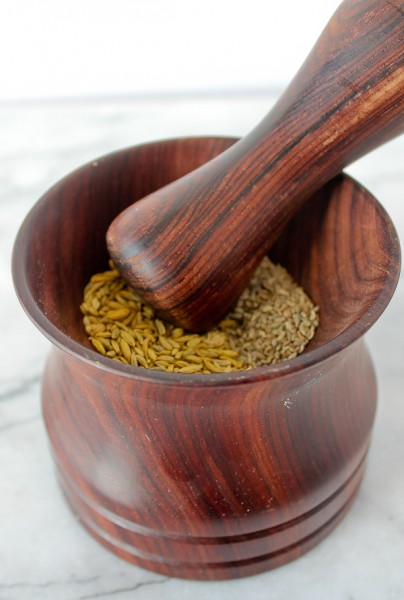 Mortar & Pestle whole with seeds