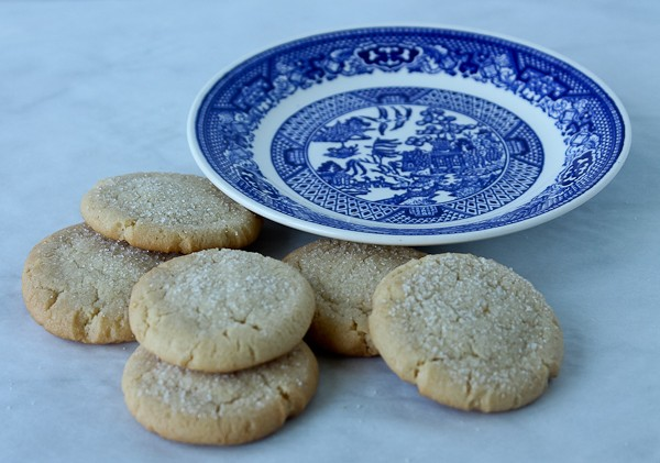 Sugar cookies next to Willow Ware