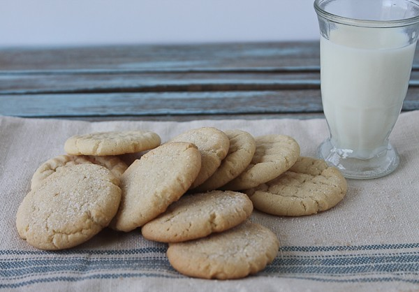 Sugar cookies with glass of milk