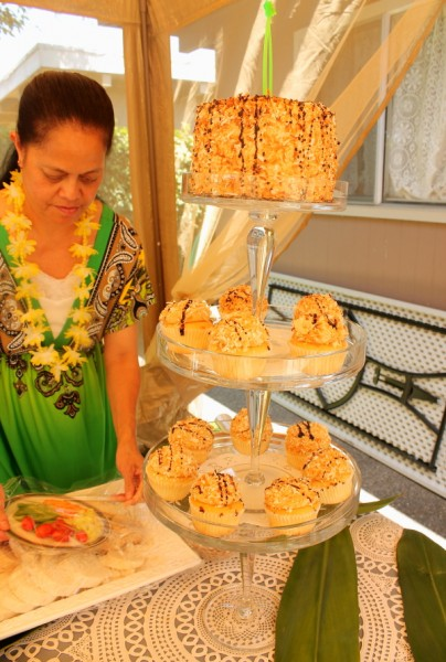 Tonga Malia with cake and cupcakes