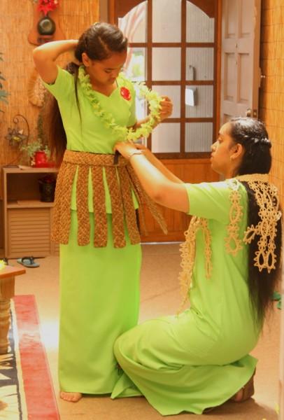Tonga Pesi helping Kato 3
