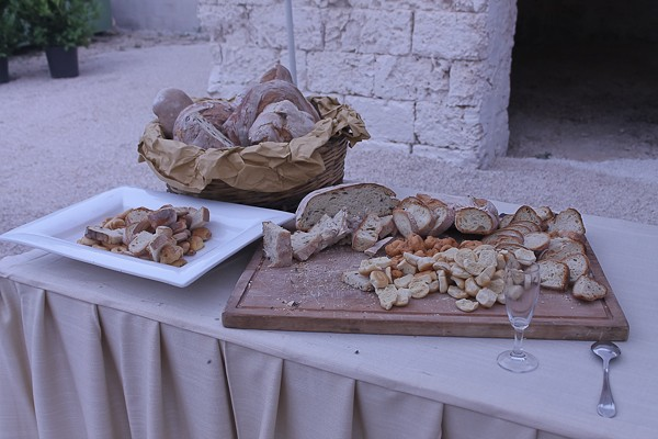 Altemura bread table