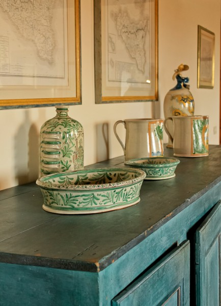 Butera sideboard dishes