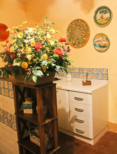 Butera small kitchen front view