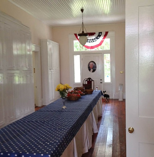MS long table with Washington door
