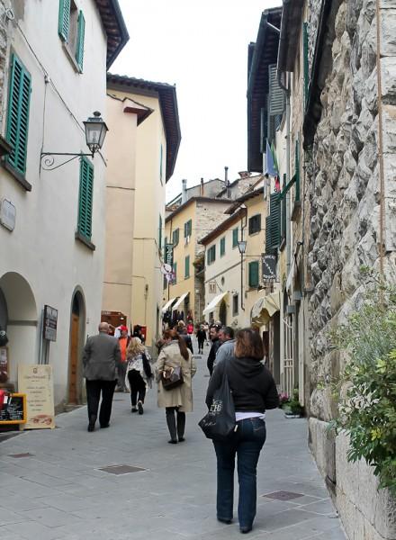 Tuscany Radda street