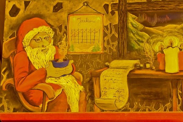 Santa Claus Cafe mural