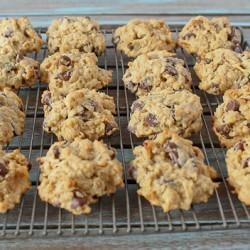 Weekend cookies on rack 3