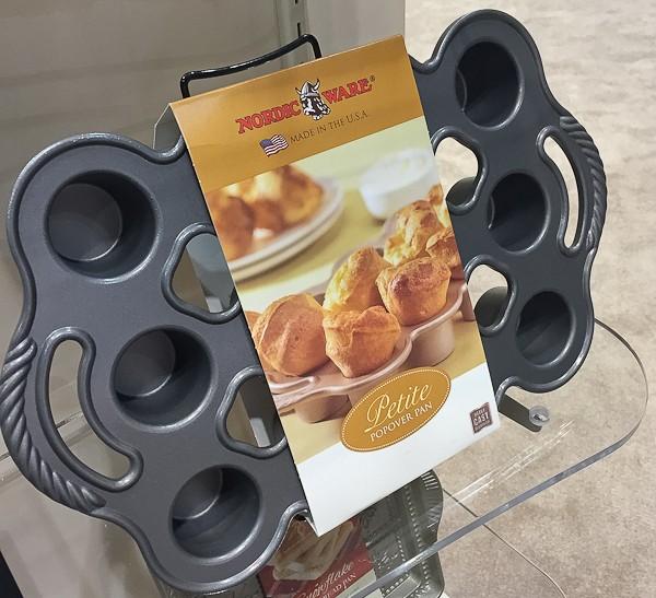 Nordic mini popover pan