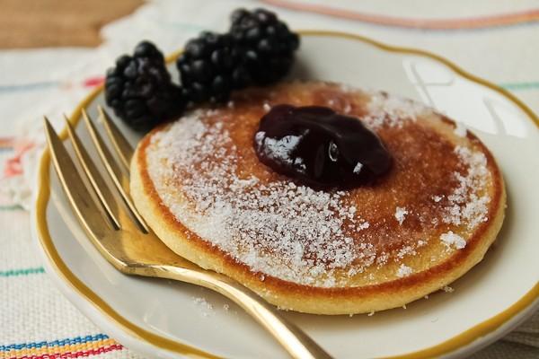 Scottish pancake with blackberries 2