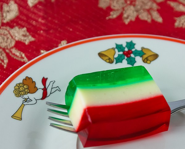 Christmas Ribbon Jello bite