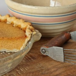 pumpkin-pie-with-old-mixing-bowl-2