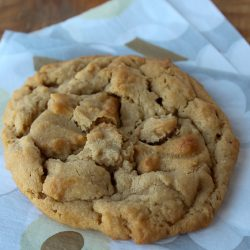 Peanut-Butter-Jumbo-Cookies-3