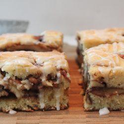 Apple Cinnamon Cake 3